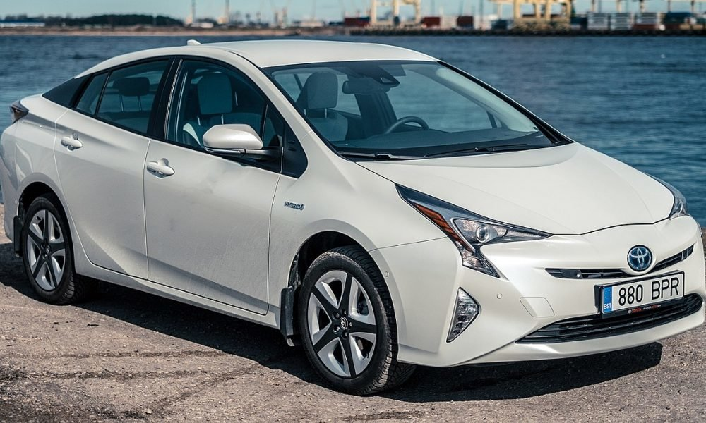 Toyota Recalls A Whopping 2 4 Million Hybrid Cars Worldwide Due To Stalling Driving Problems